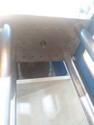 Máquina injetora