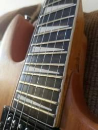 Guitarra top .toda regulada..Golden gh88