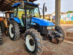 Trator New holland TL 85 Cabinado