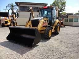 Retroescavadeira Caterpillar 416e 4x4 R$ 110.000