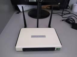 Vende -Se este Roteador TP-Link - Wireless 300mbps 3 Antenas -Usado