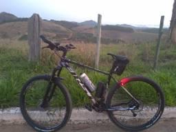 Título do anúncio: Bicicleta MTB Aro 29 - Com todos acessórios.