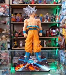 Action Figure do Goku Instinto Superior