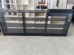 Título do anúncio: 1 balcão caixa vitrine preto e 2 expositor vitrine preto