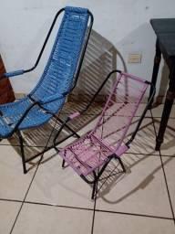 Cadeira de área infantil.