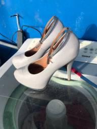 Sapato de noiva ou debutante