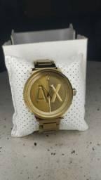 Relógio lindo da AX