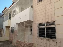 Casa duplex com 100m², 03 quartos em Jardim Atlântico/Olinda R$ 1200,00