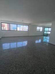 Apartamento 4/4 em boa viagem por R$7.500,00