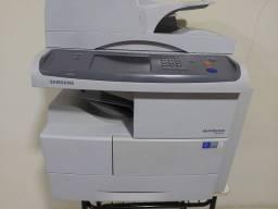 Título do anúncio: Máquina de xerox samsung 6555NX