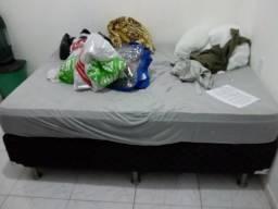 Vendo essa cama de casal por 350,00