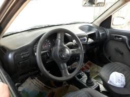 Vendo carro 2000 Pra sair da pernada - 1997