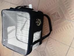 Bolsa confortável, dobrável, arejada, novíssima, para transporte marca São Pet.