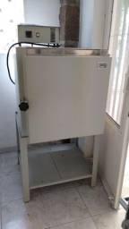Forno elétrico JUNG 72 litros 1000°C p/ pintura em porcelana, vidro etc.