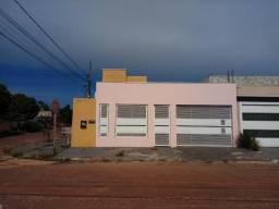 Linda Casa de esquina na Vila Olga Maria c/ 2 entradas para carro, próximo ao 3º Batalhão
