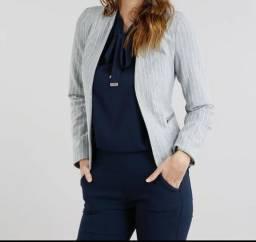 242e6335a9 Blazer feminino listrado com ziper cinza mesclado