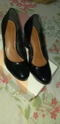 Vendo sapato usado uma única vez 60 reais