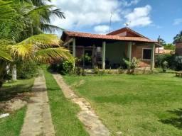 Oportunidade casa Barra Santo Antonio condominio