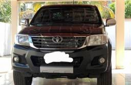 Vendo Toyota Hilux 2013 tudo em dia - 2013