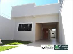Casa na Vila Brasília, 3 quartos 1 suíte, nova, varanda com churrasqueira!