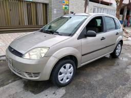 Fiesta 2005 emplacado 2020 - 2005