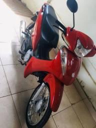 Dou moto mais uma parte em dinheiro pra pegar um carro