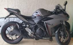 Moto Yamaha R3 ABS Novíssima!
