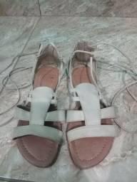Sandália e chinelo