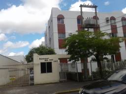 Apto Condomínio Del Rey Próx Colegio Maxi e B. Goiabeiras