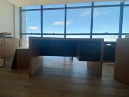 Mesa escritório com 3 gavetas