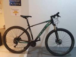 Bicicleta Oggi Big Wheel 7.0 tamanho G quadro 19 muito nova