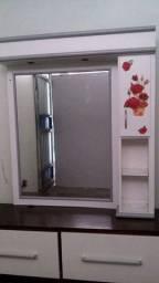 Espelho para salao ou camarim com estrutura em madeira