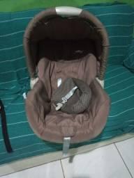Título do anúncio: Vende-se bebê conforto.