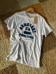 Título do anúncio: T-shirt aéropostale