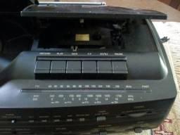 Radio relógio AIKO