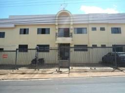 Apartamento com 3 dormitórios para alugar, 0 m² por R$ 600,00/mês - Olinda - Uberaba/MG