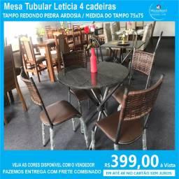 Mesa Leticia 4 cadeiras junco Tampo Redondo em Ardosia Preto 75X75