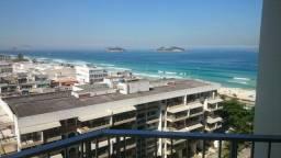 Título do anúncio: Flat 1 quarto de frente para praia da Barra - Condomínio com toda estrutura (Barra Palace)