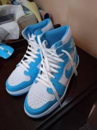 Título do anúncio: Air Jordan Azul claro 36