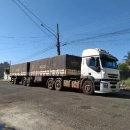 Caminhão Bitrem Iveco Stralis 420 2008