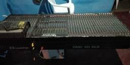 Mesa de som profissional 40 canais