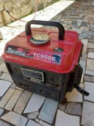 Gerador a gasolina Toyota 950 Watts