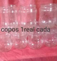 Ola vendo potes e garrafas de vidros vazias pra artesanato