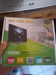 Vende se televisão de tubo 29 polegas e conversor digital semi novo pouquíssimo uso