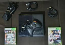 Xbox 360 Super Slim 500GB's e 4 jogos