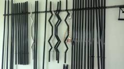 Fabricamos tudo para seu treino, melhor preço de barras, anilhas e muito mais!