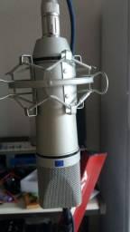 Microfone condensador u87 mini.