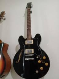 Guitarra semi acústica CONDOR