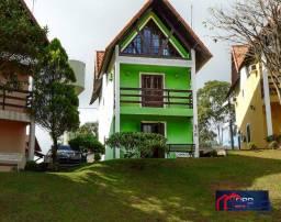 Bangalô com 3 dormitórios à venda, 125 m² por R$ 600.000,00 - Penedo - Itatiaia/RJ