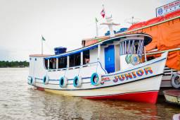 venda de Barco ideal para viagens no interior